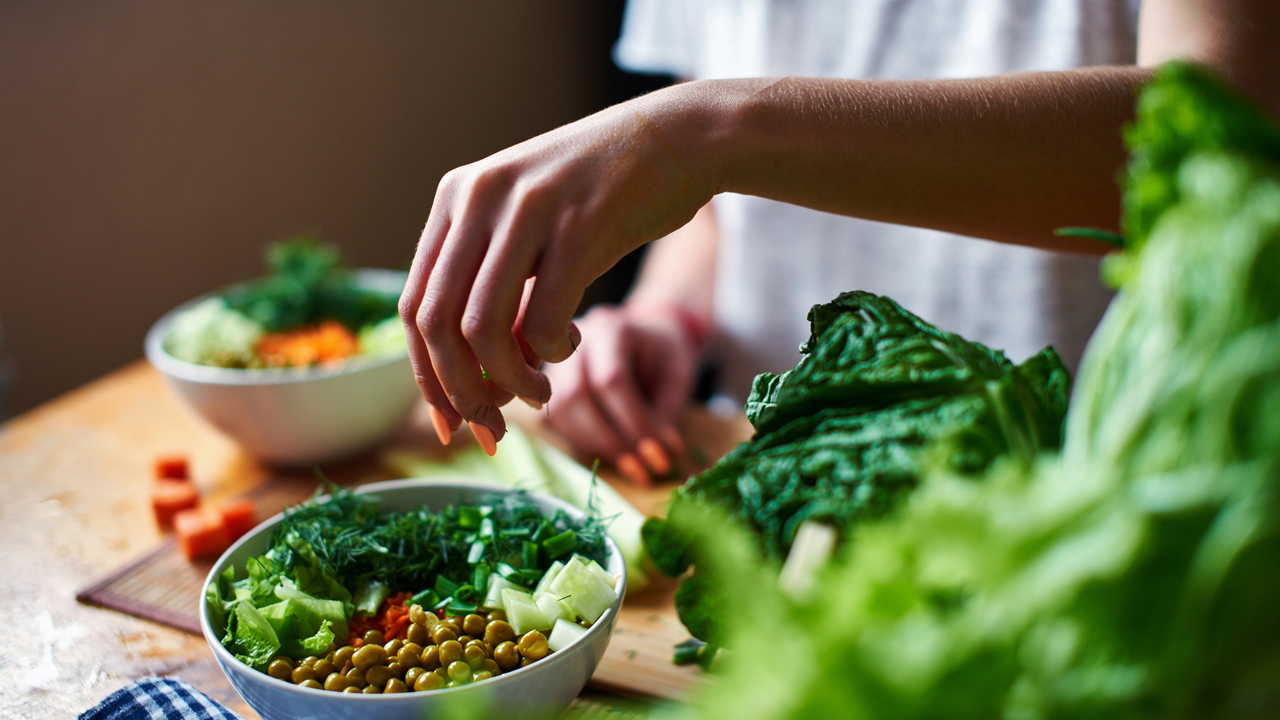 is a vegetarian diet an effective An indian vegetarian diet plan for bodybuilding can be both effective and result oriented being vegetarian is a trend that is catching up in various parts of the world there is a misconception that vegetarian food will not give you the necessary nutrition for bodybuilding.