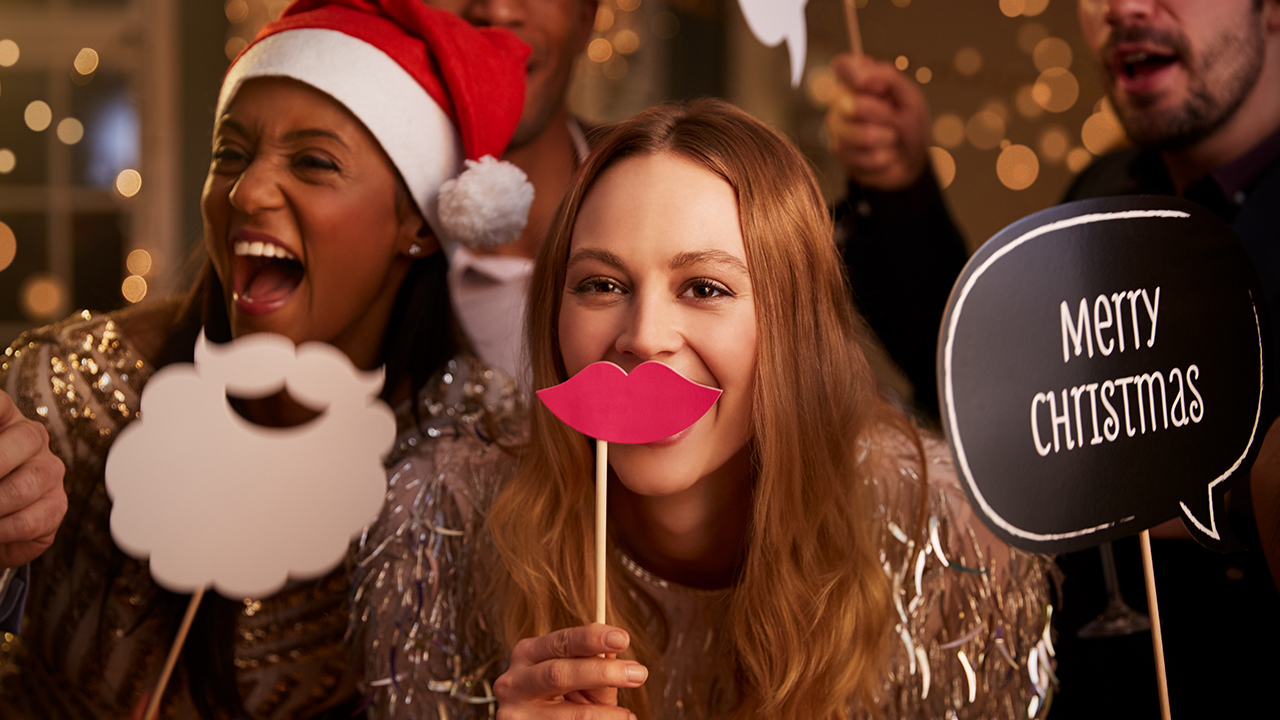 Christmas Party The Office.Make A Good Impression At The Office Christmas Party Tefal Blog