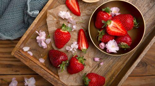 In Season: British Strawberries