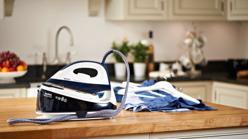 4 Reasons a Steam Iron is Your Best Friend