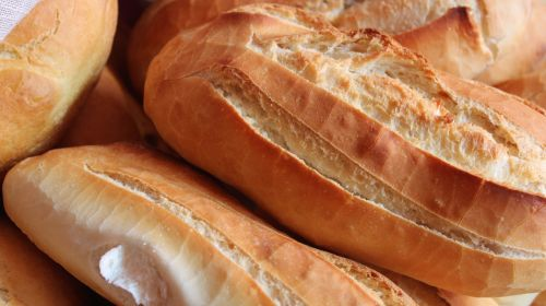 Battle of The Breads: White As Healthy As Brown