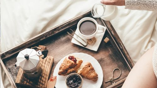 Breakfast In Bed: Dos And Don'ts