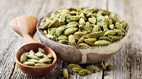 Play Your Cardamom Right
