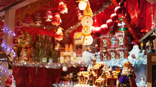 How To Host A Christmas Market At Home
