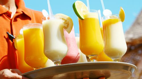 Cut Down The Calories in Your Summer Tipples