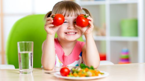 Kids Who Play With Food Eat More Veggies